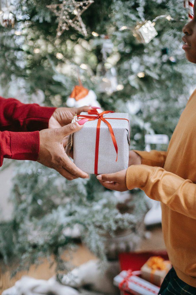 kerstcadeau geven
